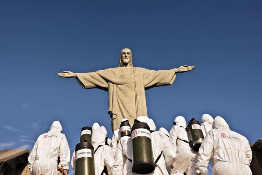http://www.laraciarabellini.com/files/gimgs/th-1_Covid 19 Rio Janeiro_004_v2.jpg